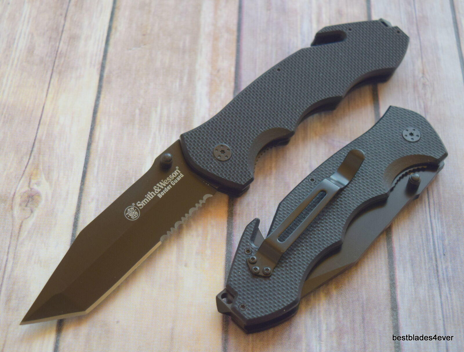 Smith & Wesson jumbo folding pocket knife